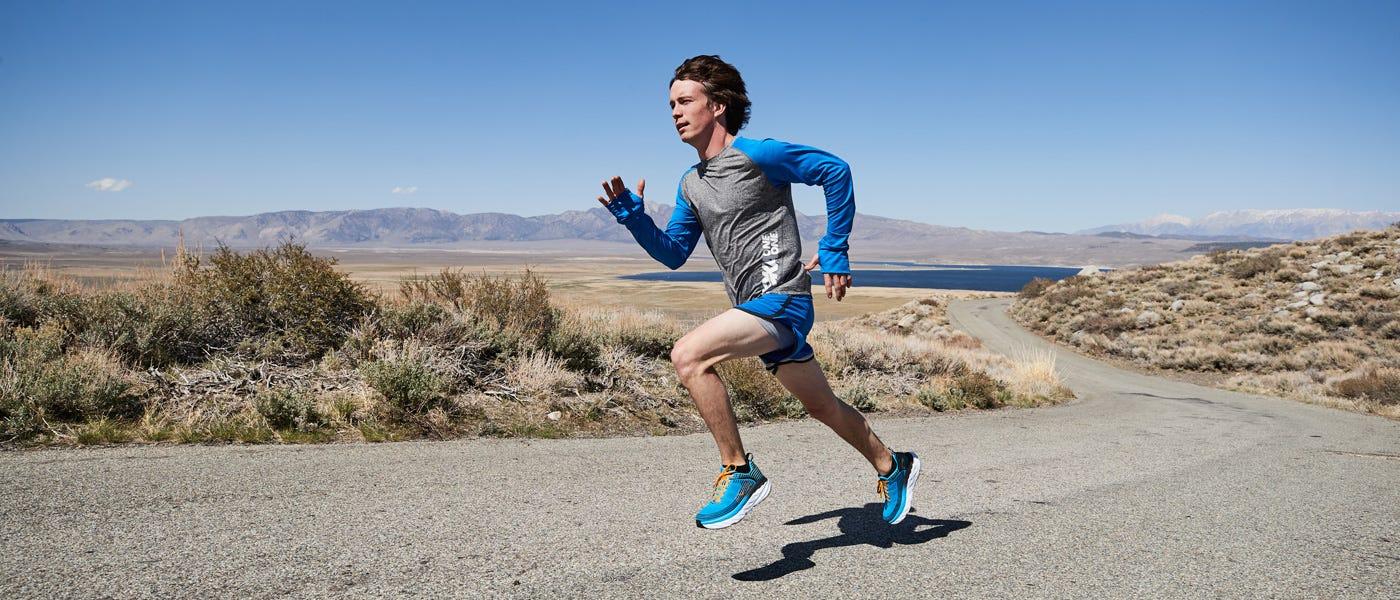 Lari Lebih Nyaman dengan Hoka One One Bondi 6